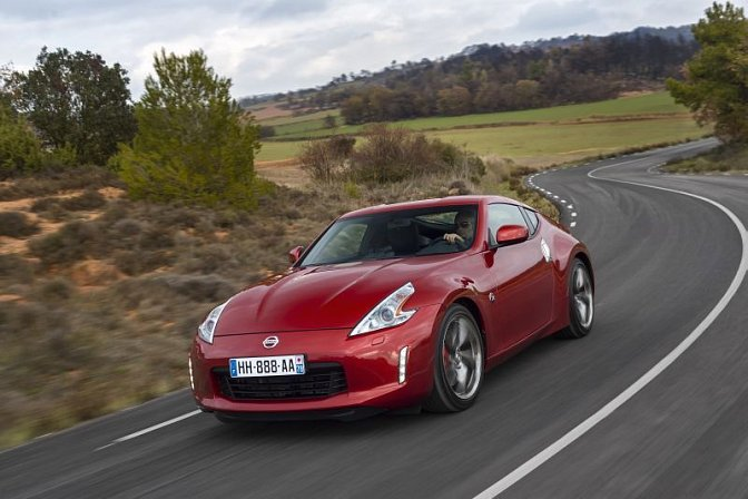 Nissan - 370Z Coupe (facelift 2013)